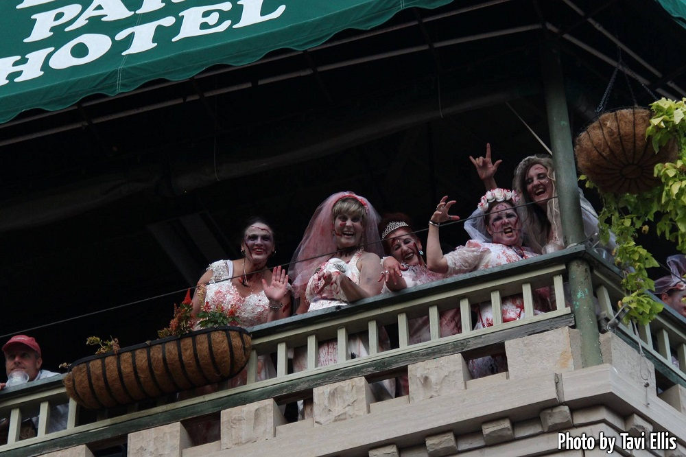 Zombies on the balcony in Eureka Springs